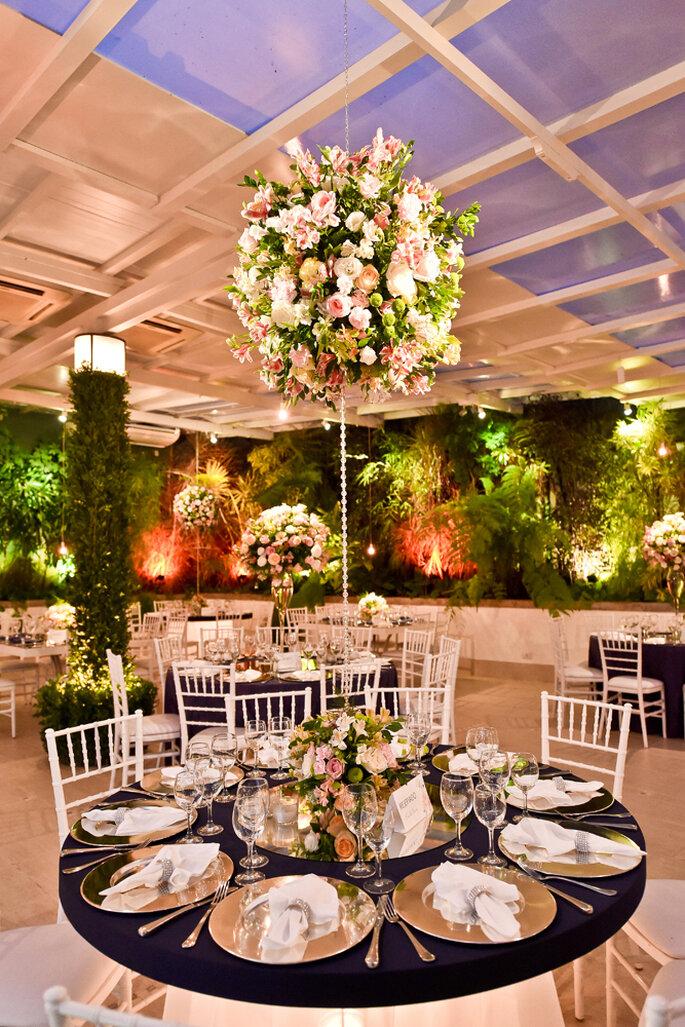centro de mesas florais e grandes para casamento clássico