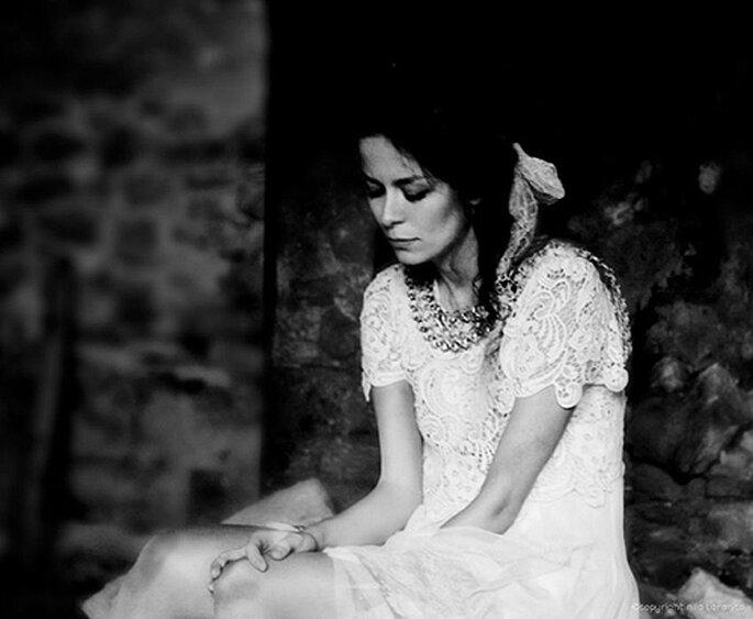 Cambia tu velo por un tocado de novia. Foto: Nila Taranco