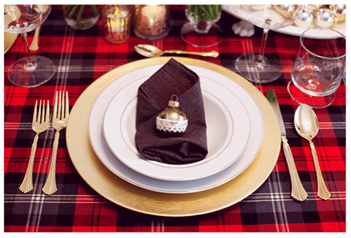 Ideas para decorar tus mesas de bodas con inspiración en la Navidad - foto Josi Miller Photography