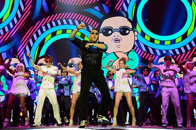 El cantante surcoreano PSY interpretando el 'Gangnam Style' en los MTV EMA's 2012. Foto: Kevin Mazur/WireImage