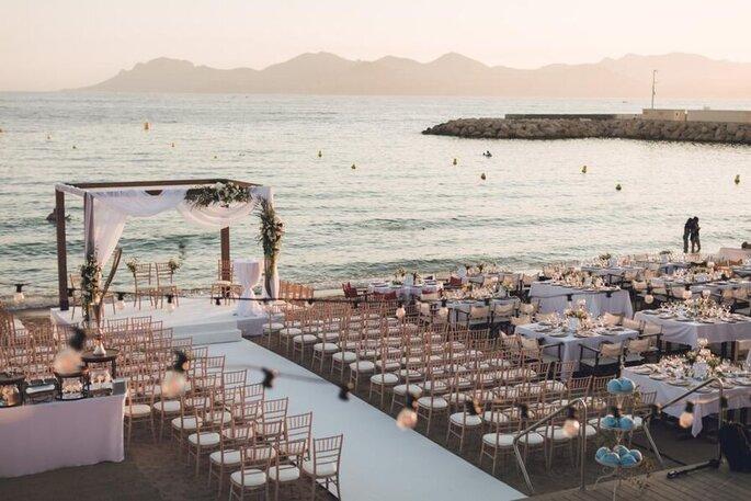 Mariage - cérémonie laïque organisée au bord de la mer
