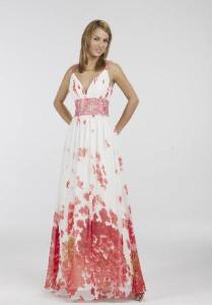 Novissima 2009 - Vestido largo blanco y rojo, estampado floral, de corte imperio, escote en V