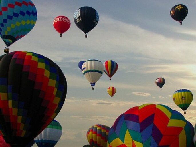 Heiratsantrag im Heißluftballon – Foto: everystockphoto.com/flickr, ajagendorf25