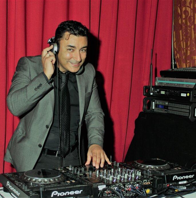 Music Corporation (Premium DJ Service)