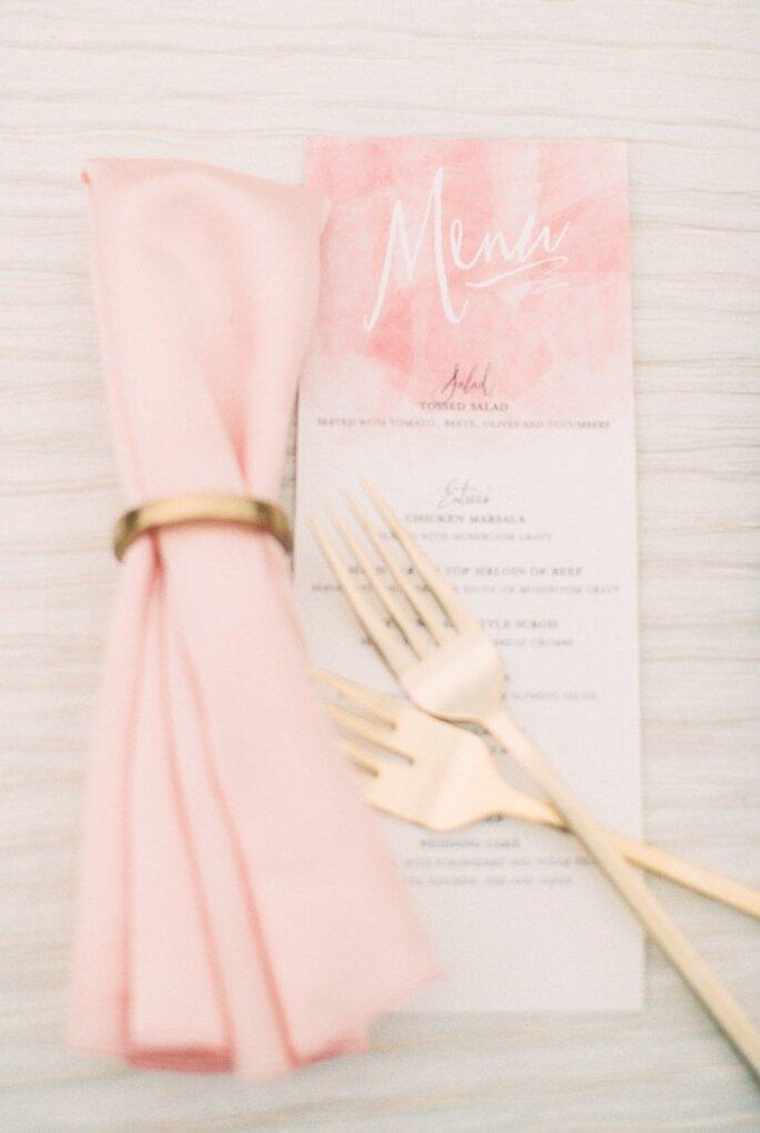 Los mejores acentos de color rosa para decorar tu boda - Foto Ruth Eileen