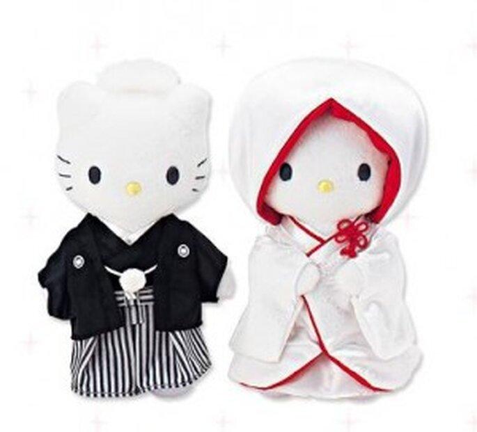 Figurines Hello kitty au style japonais pour votre pièce montée.