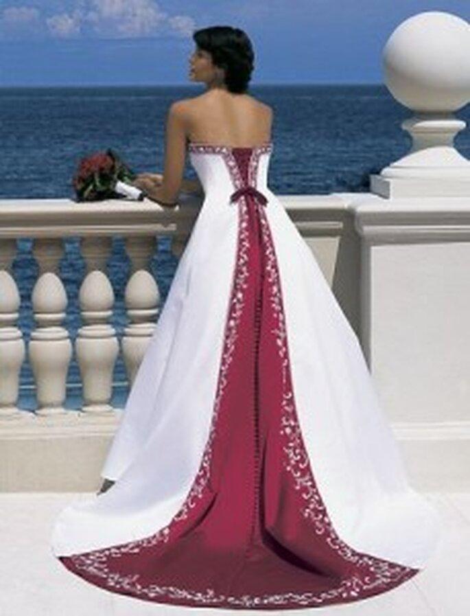 vestidos de novia en color rojo