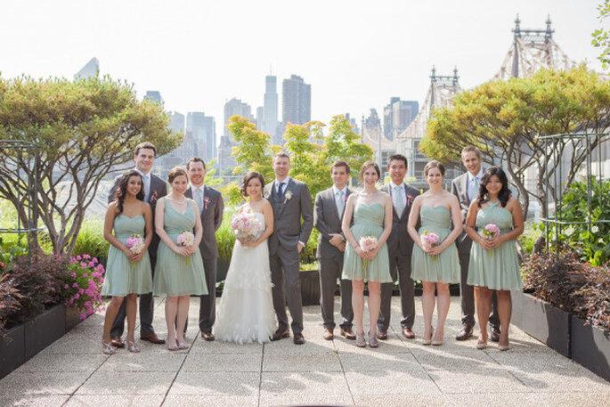 Los novios y la comitiva en la celebración de la boda. La vista es incomparable. Foto: 1313 Photography
