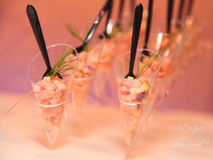 Verrine de saumon et aneth en amuses-bouches pour un cocktail de mariage