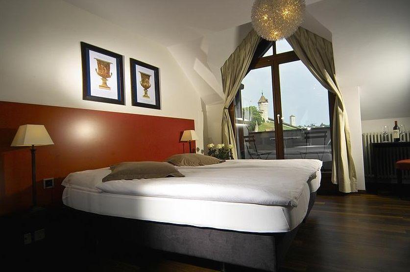 Beispiel: Hotelzimmer, Foto: Kronenhof.