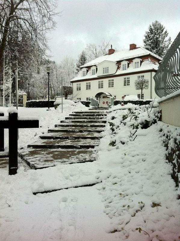Dwór Oliwski zimą