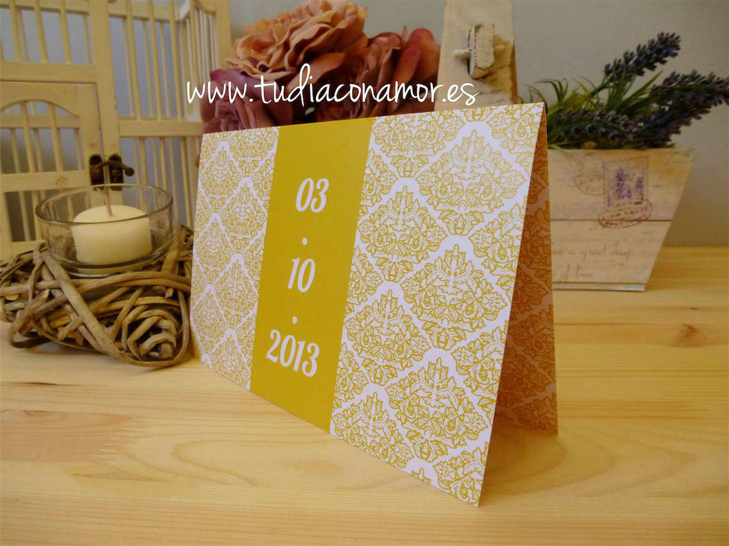 Invitación de boda amarilla