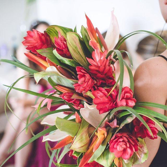 Flora Wedding Studio