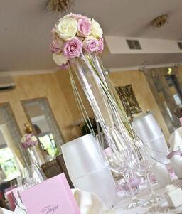 Beispiel: Tischdekoration, Foto: Tina Bergmann Blumenwerkstatt.