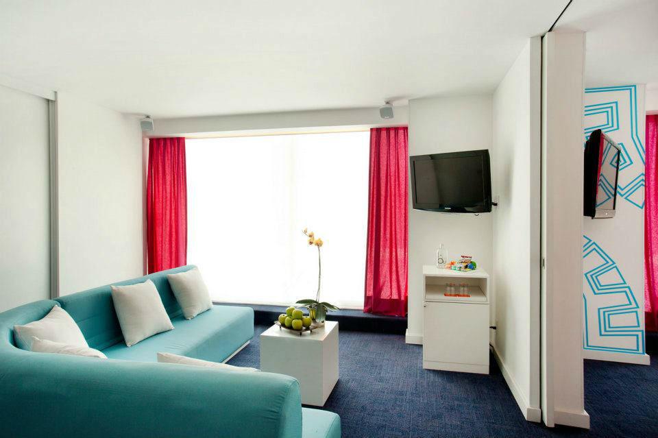 Hotel Room Mate Valentina