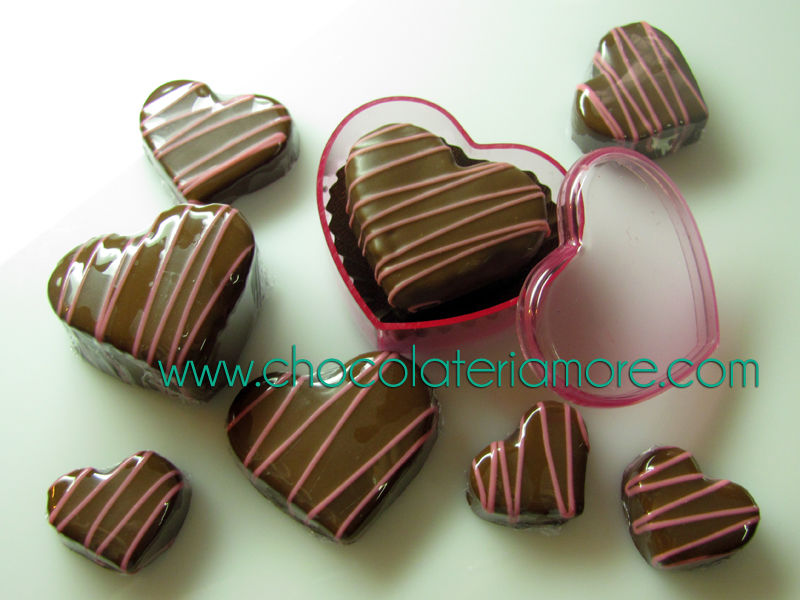 corazones de chocolate en todos los tamaños