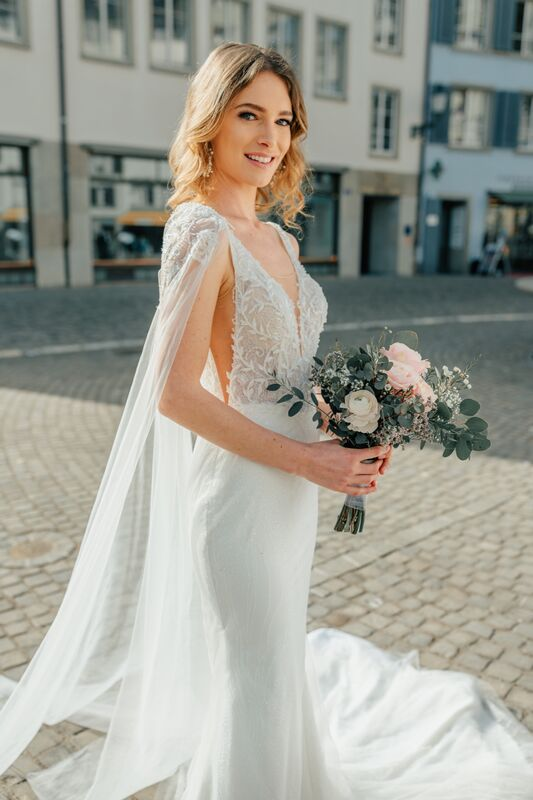 Dahian Velasquez Bridal