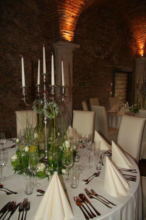 Beispiel: Blumen für Ihren Brauttisch, Foto: Garten Kochauf .