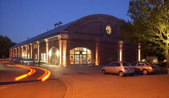 Beispiel: Außenansicht Nacht, Foto: Rohrmeisterei.
