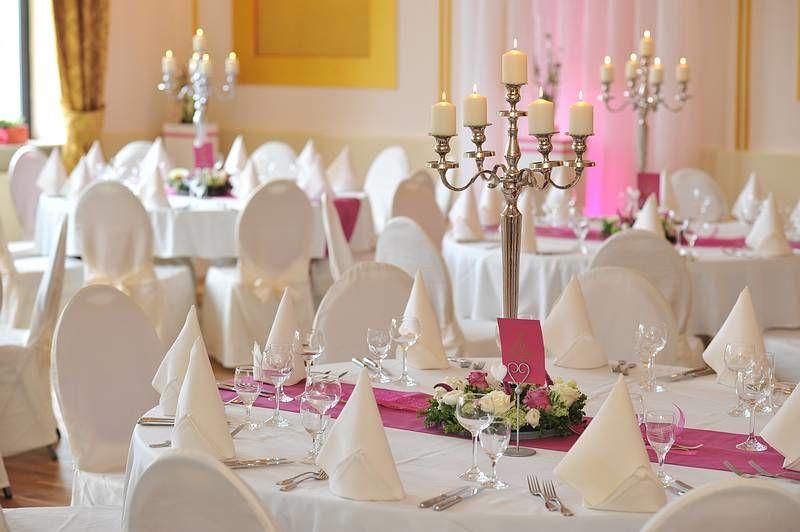 Beispiel: Festsaal, Foto: Frischbier's Hotel-Restaurant.