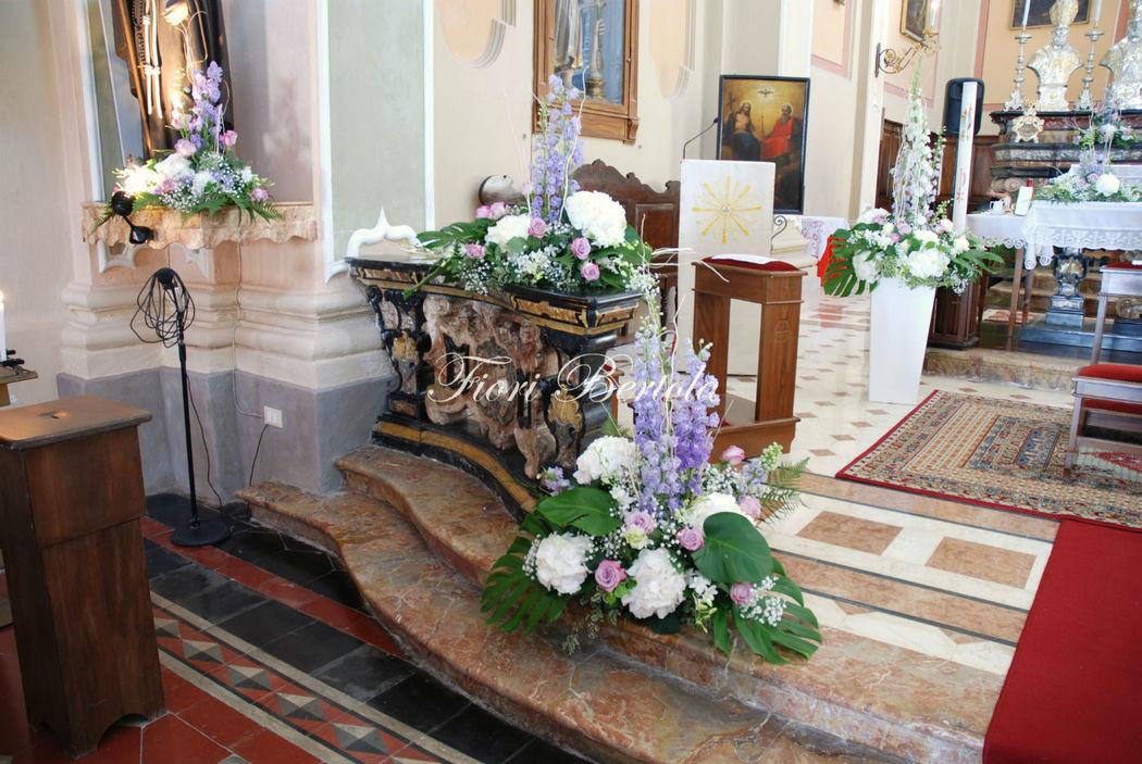 Matrimonio in bianco e lilla