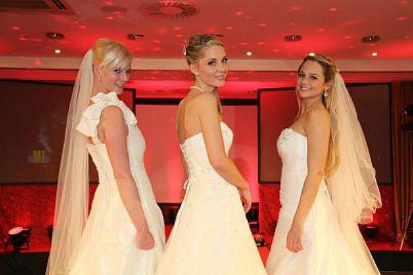 Beispiel: Brautstyling / Hochzeitsmesse, Foto: Professional Beauty VIP.