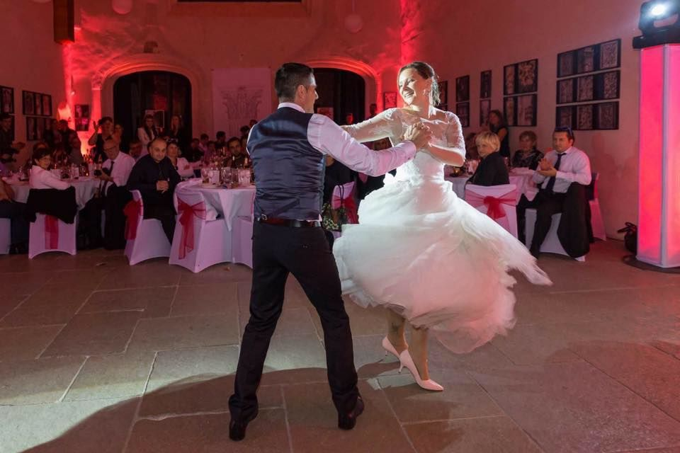 Wed'In Dance