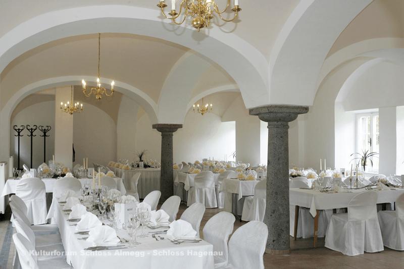 Beispiel: Hochzeitstafel, Foto: Schloss Hagenau.