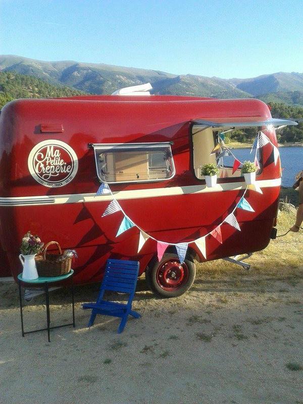 Ma Petit Crepêrie, vintage food caravan