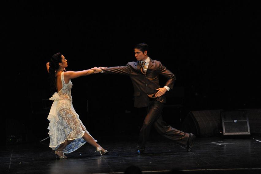 Salsa Viva y Tango Vivo