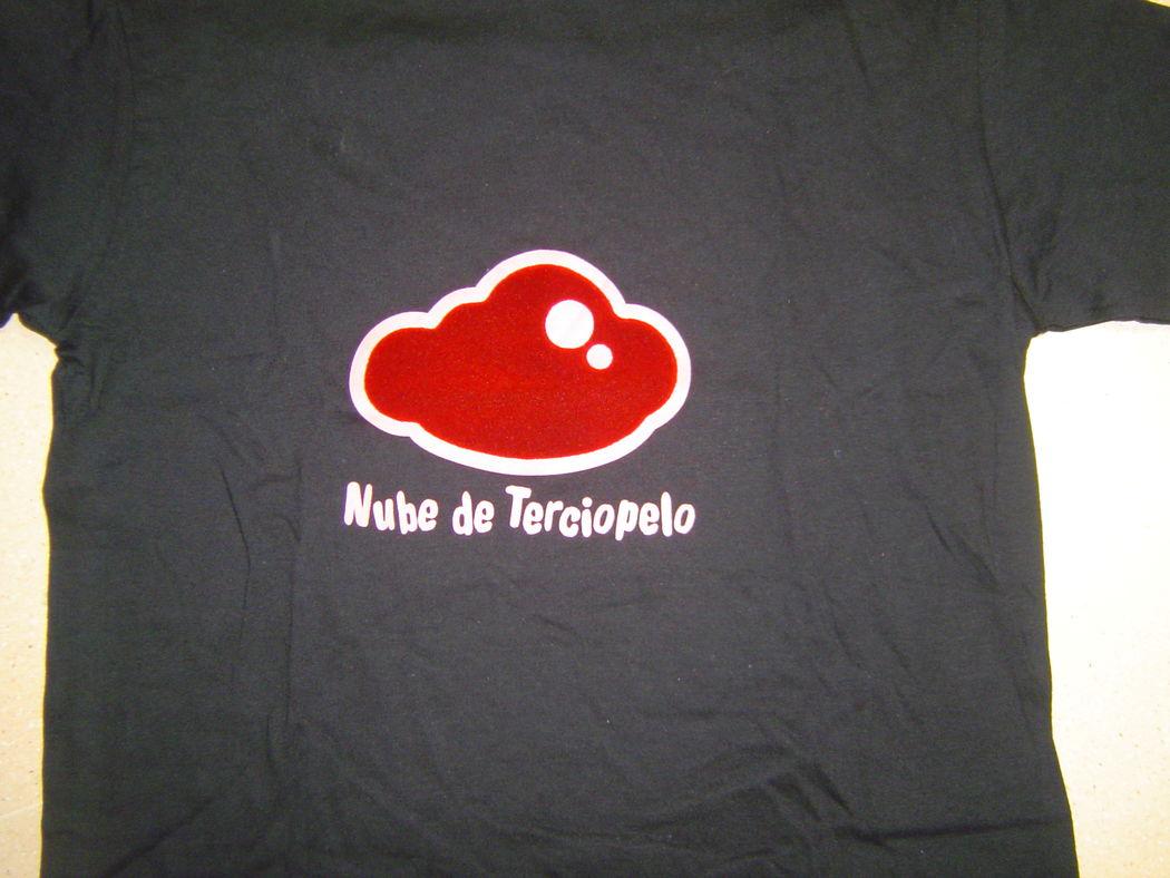 Camisetas para despedidas de solteras y solteros