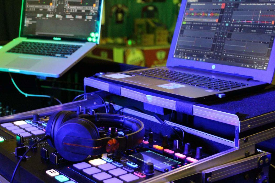 RKO DJ Discomóvil
