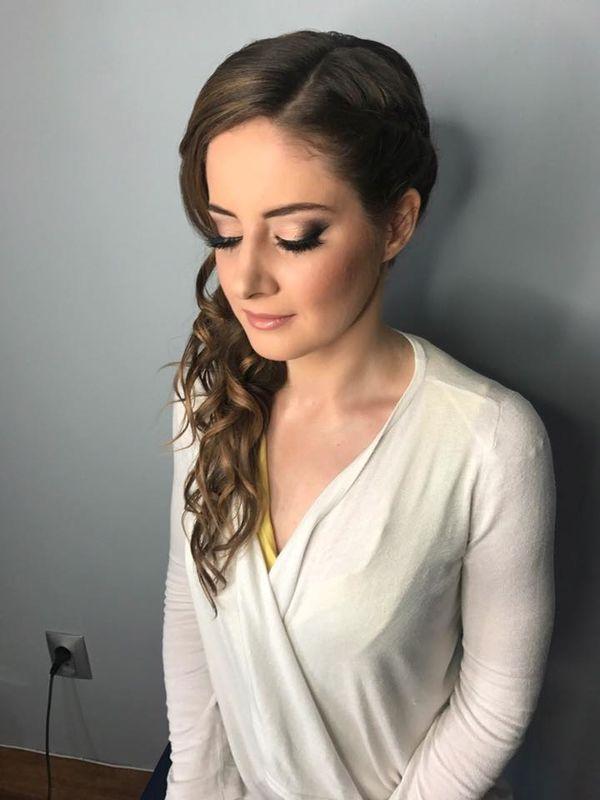Martyna Przybyszewska-Aleksiewicz MAKE UP