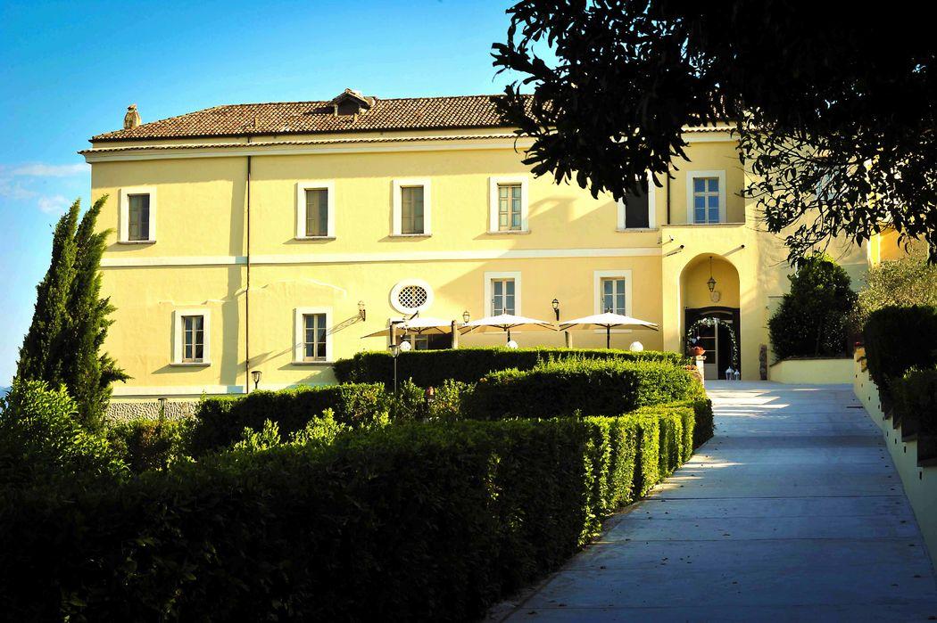 Castello Ducale Castel Campagnano villa matrimoni campania