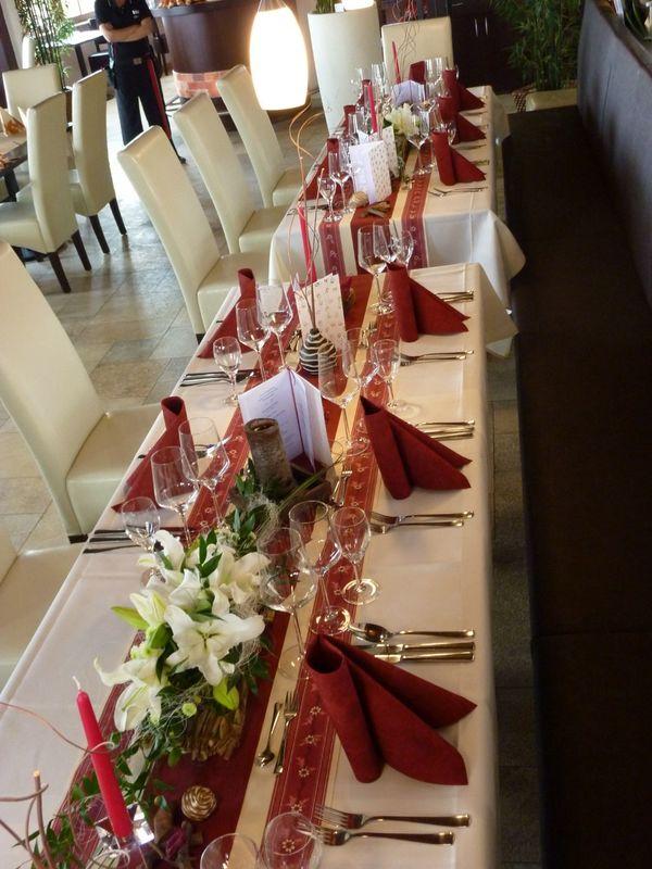 Beispiel: Tischdekoration, Foto: Restaurant Touché - Burg Hartenstein.
