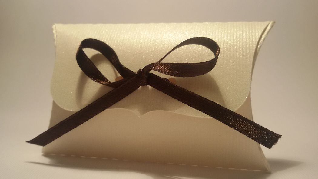 Portariso/confetti wedding