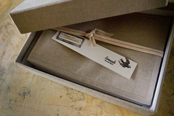 Album rilegato a mano + scatola