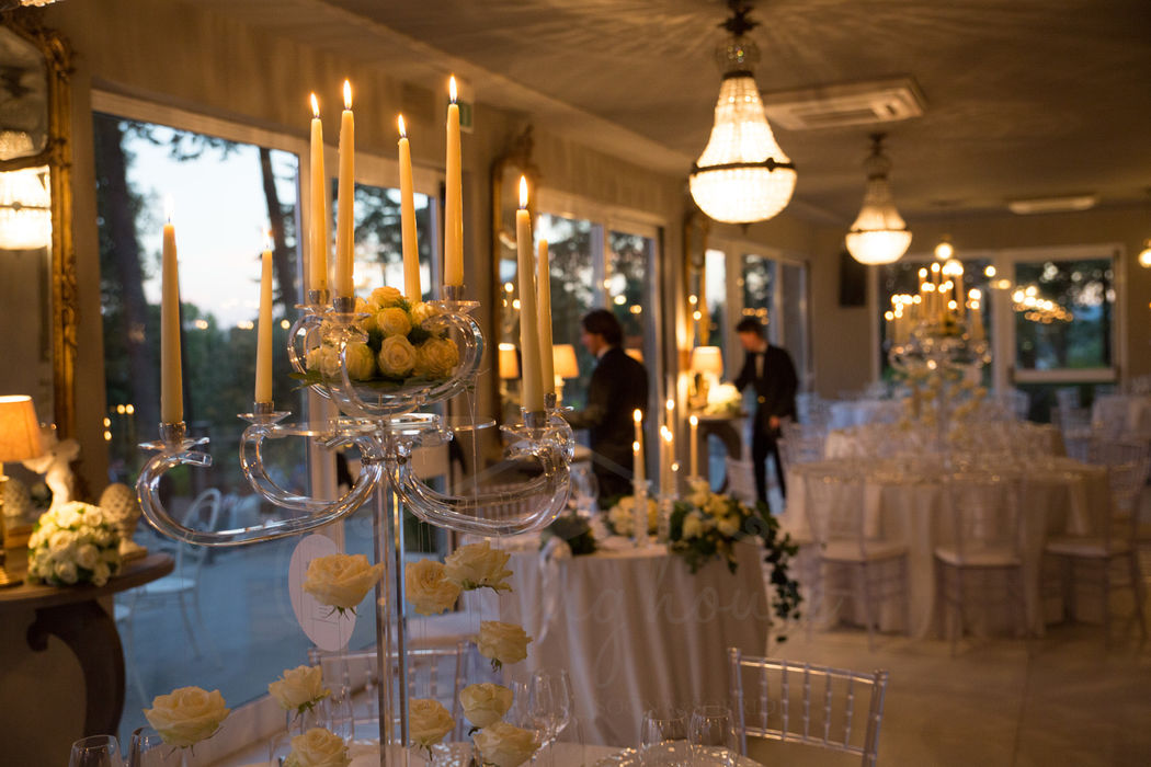 wedding house table