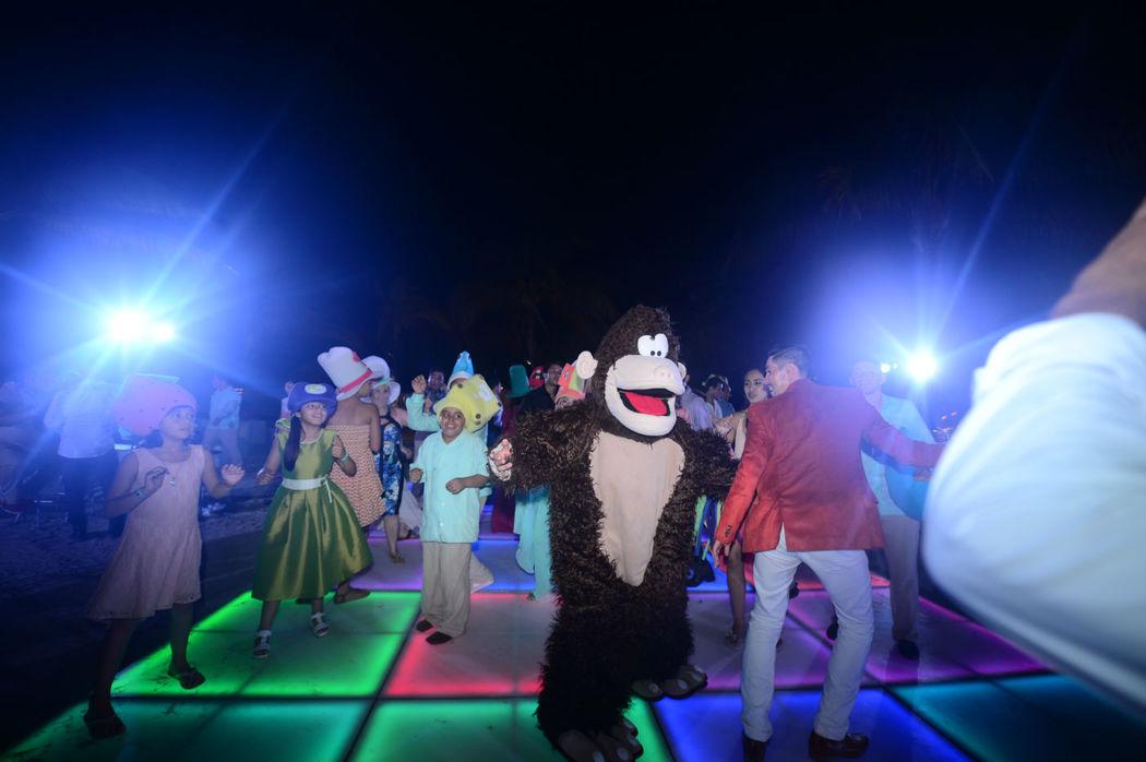 Fiesta y diversion con sano entretenimiento