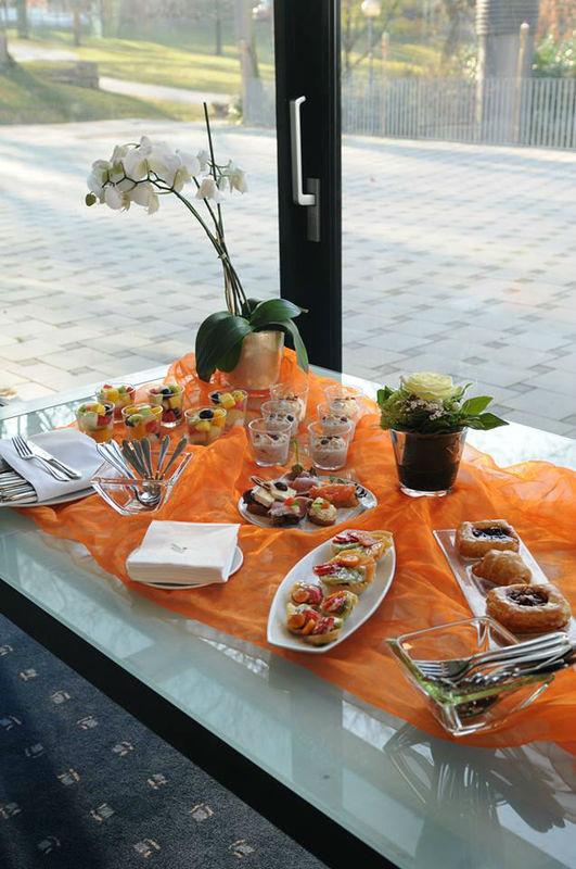 Beispiel: Buffet, Foto: Favorite Parkhotel Mainz.