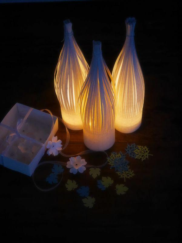 Home Sweet Brocante - photophores bottle, confettis de table, nœuds pour les serviettes
