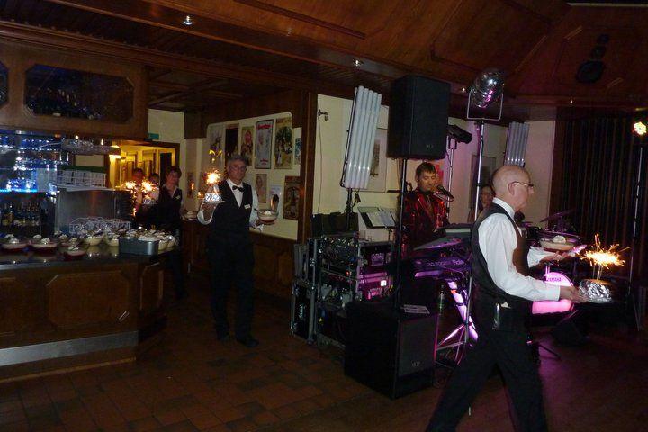 Beispiel: Service, Foto: AKZENT Hotel Zur Grünen Eiche.