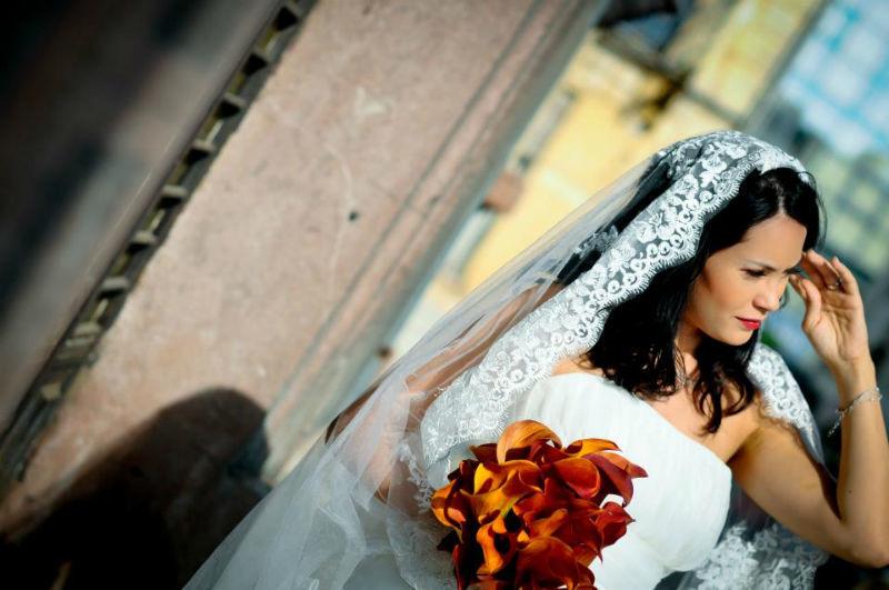 Beispiel: Portrait der Braut, Foto: Alex Jidovu.