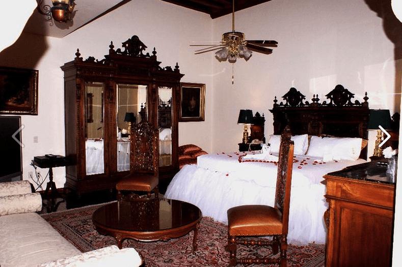 Hotel Virrey de Mendoza