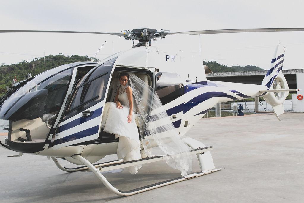 Transporte aéreo para o casamento. Foto: Noz Fotografia
