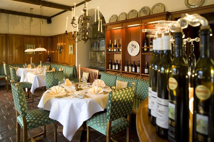 Beispiel: Restaurant, Foto: Schlosshotel Obermayerhofen.
