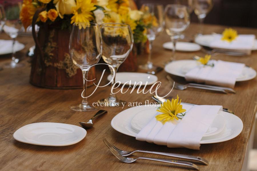 Centros de Mesa. Peonia Eventos y Arte Floral