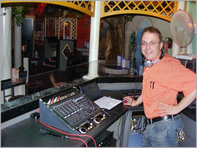 Beispiel: Partyradio DJ Thomas Ebner, Foto: Partyradio DJ Thomas Ebner.