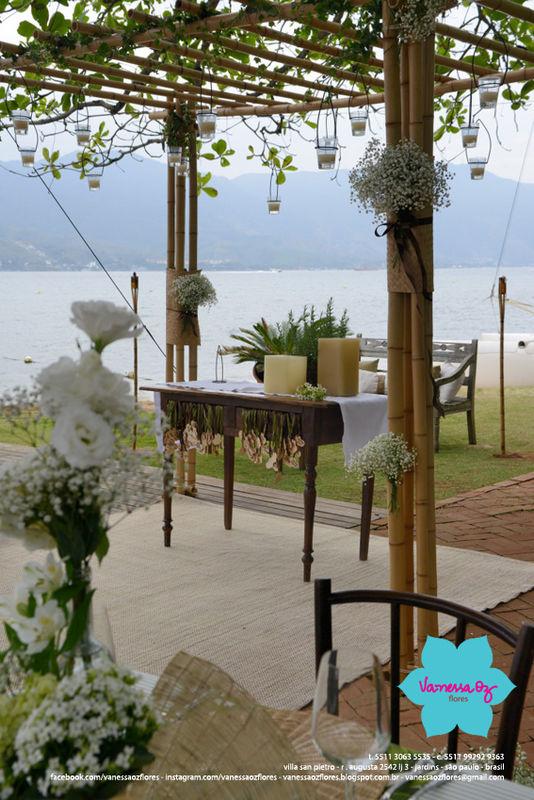 Altar em Ilhabela Vanessa Oz Flores