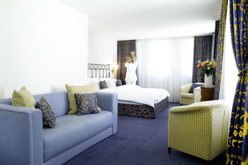 Beispiel: Biedermeier-Suite, Foto: Bad Schauenburg.